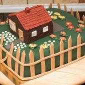 Domek-w-ogrodzie